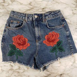 Topshop 6 Mom High Rise Shorts